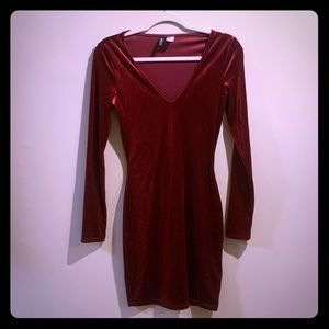 H&M Red velour long sleeved dress. Dark Red